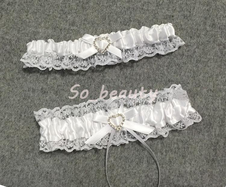 f4ee0192101 Lace Garter Set For Bride With Little Bow Bridal Prom Lace Gift Chic 2 Garters  Stretch 16 23 Inch 50s Style Petticoats Beautiful Wedding Garters From ...