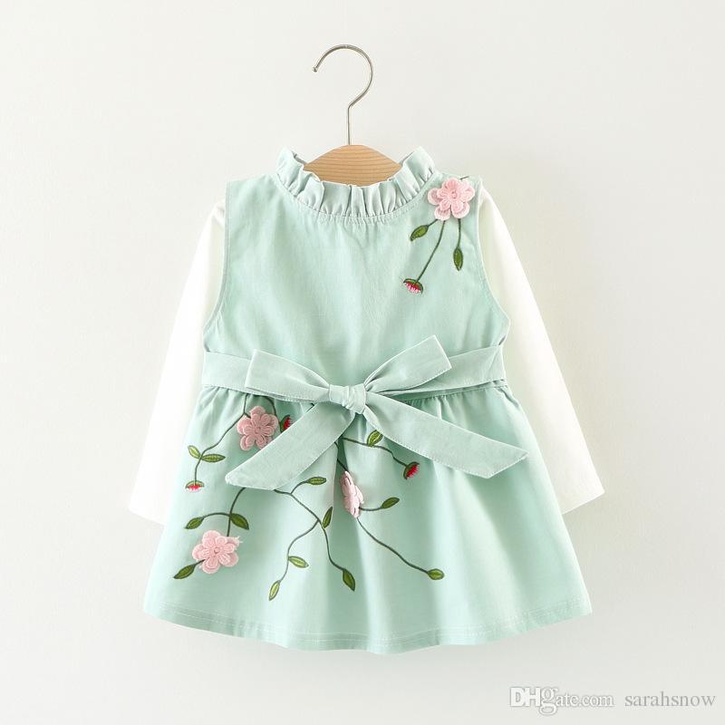 Acquista 2018 Nuovi Arrivi Abbigliamento Bambini Vestiti Vestito Ragazze Vestito  Da Primavera Carino T Shirt Coordinato Completo Primavera Autunno Outwear 0  ... b37c74a1f07