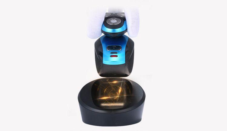 Cordless Charging Electric Men's Shaver 4D Razor Triple Blade Shaver Washable