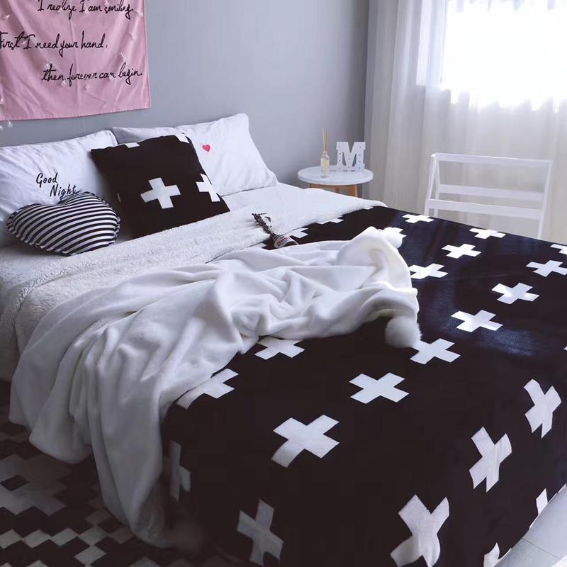 2018 Kreuze Schwarz Uberwurf Decke Doppelseitige Decke Fur Bett 150x200cm 200x230cm Sommer Quilt Flanell Berber Fleece Bettlaken