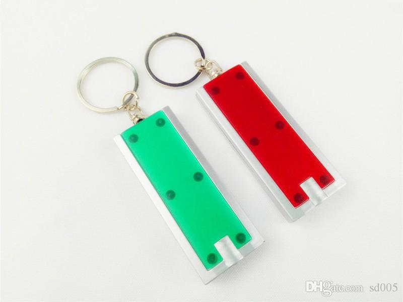 Plaza Mini Llavero de Luz LED Tetris de Plástico Linterna Llave Hebilla Creativo Llaves Universales Anillo de Venta Caliente 0 82yx B