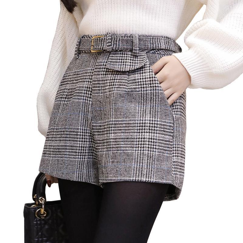 Compre Pantalones Cortos De Lana A Cuadros Para Mujeres Primavera Otoño  Prendas De Vestir Exteriores De Pierna Ancha De Cintura Alta Corta Mujer  Elegante ... b2864af4d0f7