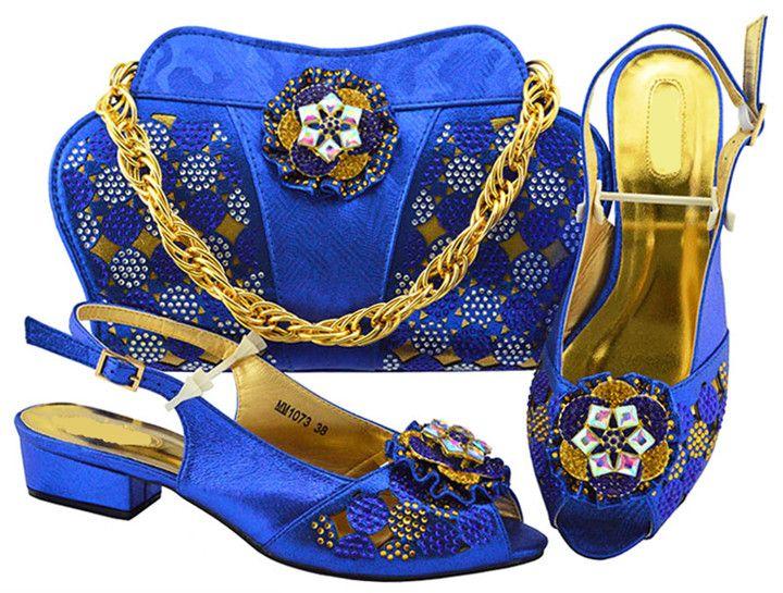 Beautiful Royal Blue Women Kitten Heel Shoes With Crystal Flower Design  African Shoes Match Handbag Set For Dress MM1073