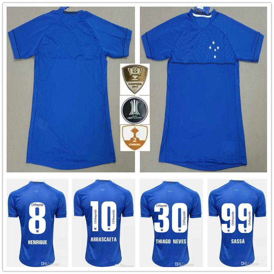 bff55ba172 Compre 18 19 Cruzeiro Camisas De Futebol DE ARRASCAETA FRED ROBINHO THIAGO  NEVES SASSA DEDE RAFAEL SOBIS Casa Feita Sob Encomenda Azul Homem Mulher  Camisa ...