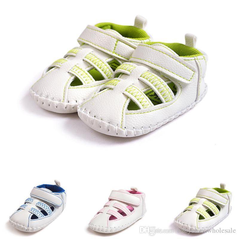 Three Colors Newborn Baby Sandals Leather Tassel Baby Moccasins Hot ... a3507b06fc