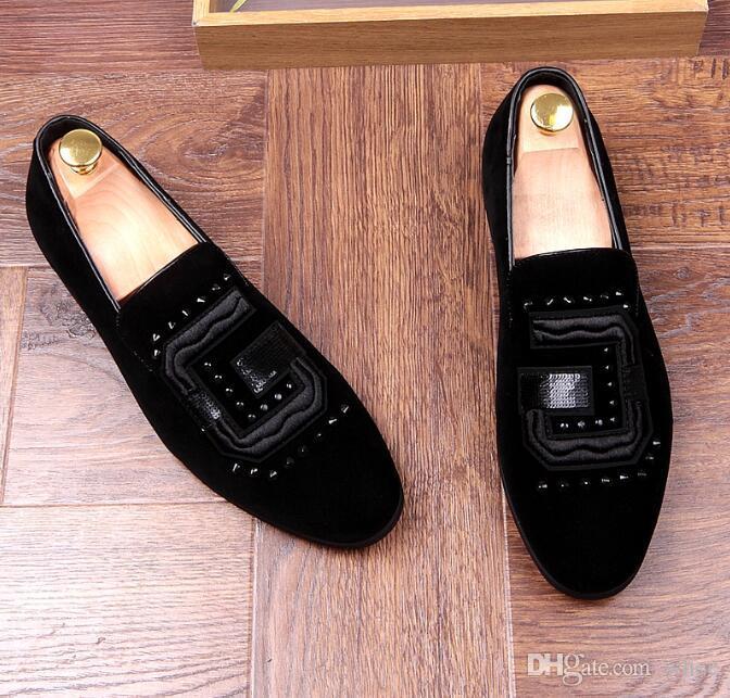 diseñador de hombres zapatos de vestir Remaches Zapatos casuales zapatos de novio zapatos de negocios de negocios Zapatillas para fumar Tamaño de EE. UU .: 6.5-9 Envío gratis 124