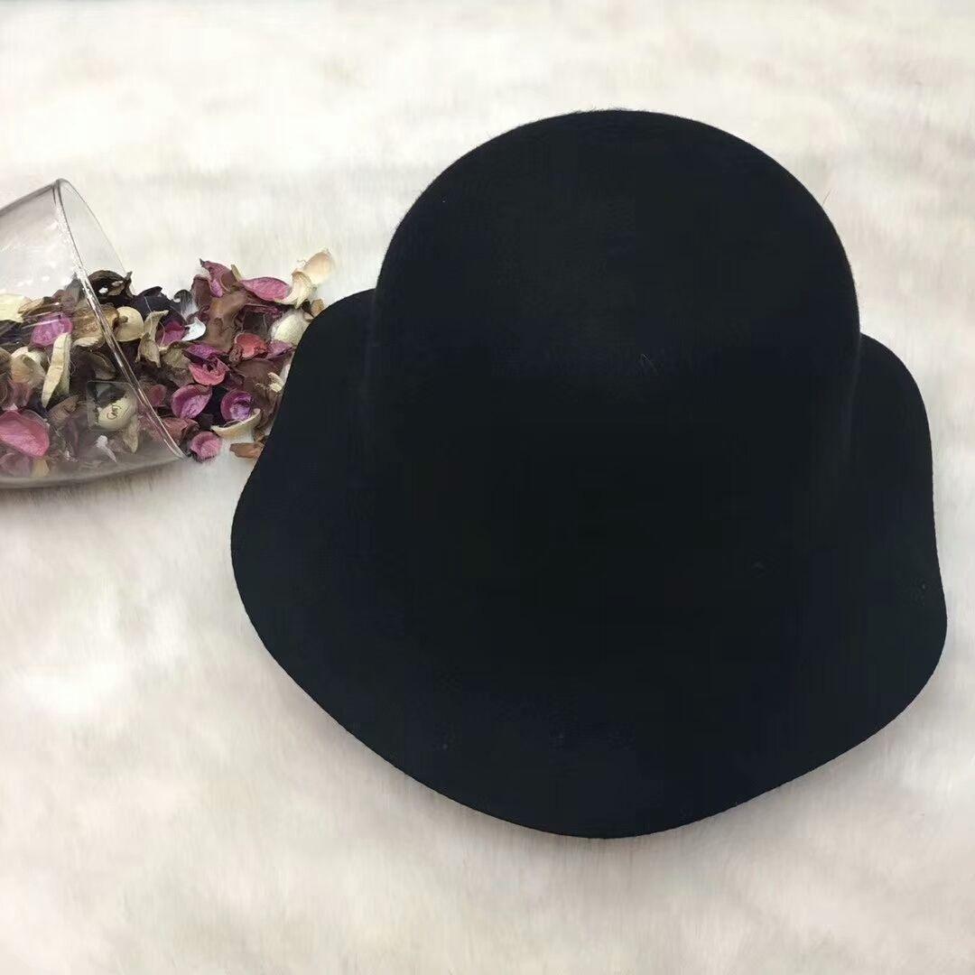 a2557d4f89b New Famous Brand Women Hat Luxury Designer Wave Brim Cloches Hat Pop ...