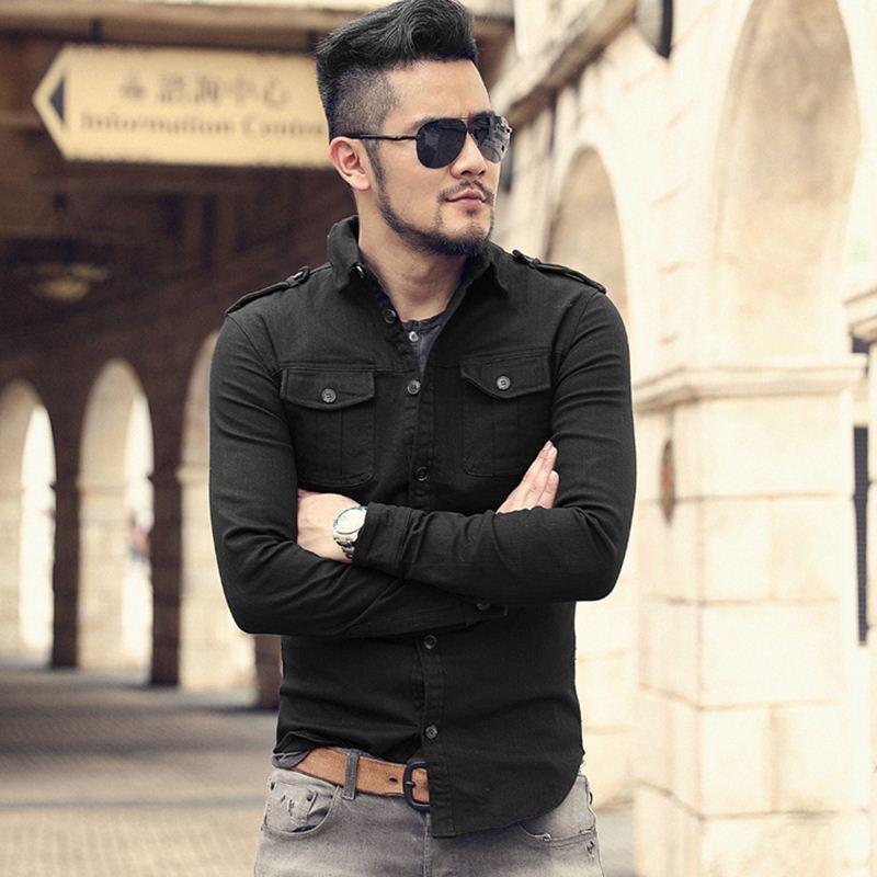 a4f2851ea1 Compre 2018 Outono Novo Denim Camisa Uniforme Dos Homens Casual Manga Longa  Slim Fit Jeans Camisa Estilo Militar Masculino Emblemas Camisa S2144 De ...