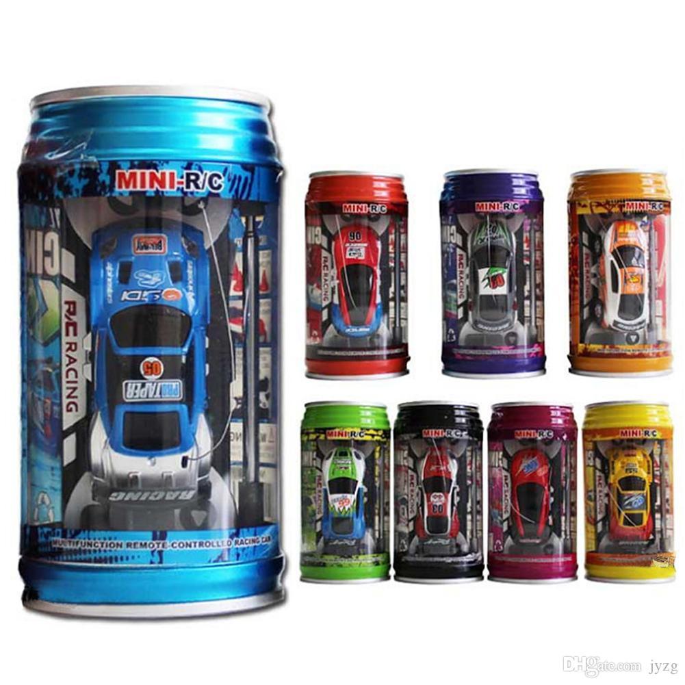 Rádio Controle Remoto Racing Veículo Crianças Brinquedos de Alta Velocidade Mini Coke Pode RC Carro para Crianças Presente de Natal com Blocos de Estrada