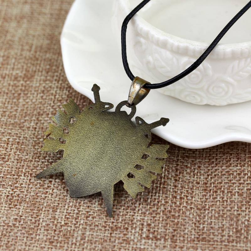 Hot Game Jewelry Legend of Zelda Butterfly Charming Pendant Necklace Zelda Triforce Navi Necklace Papillon Necklace Men Gift