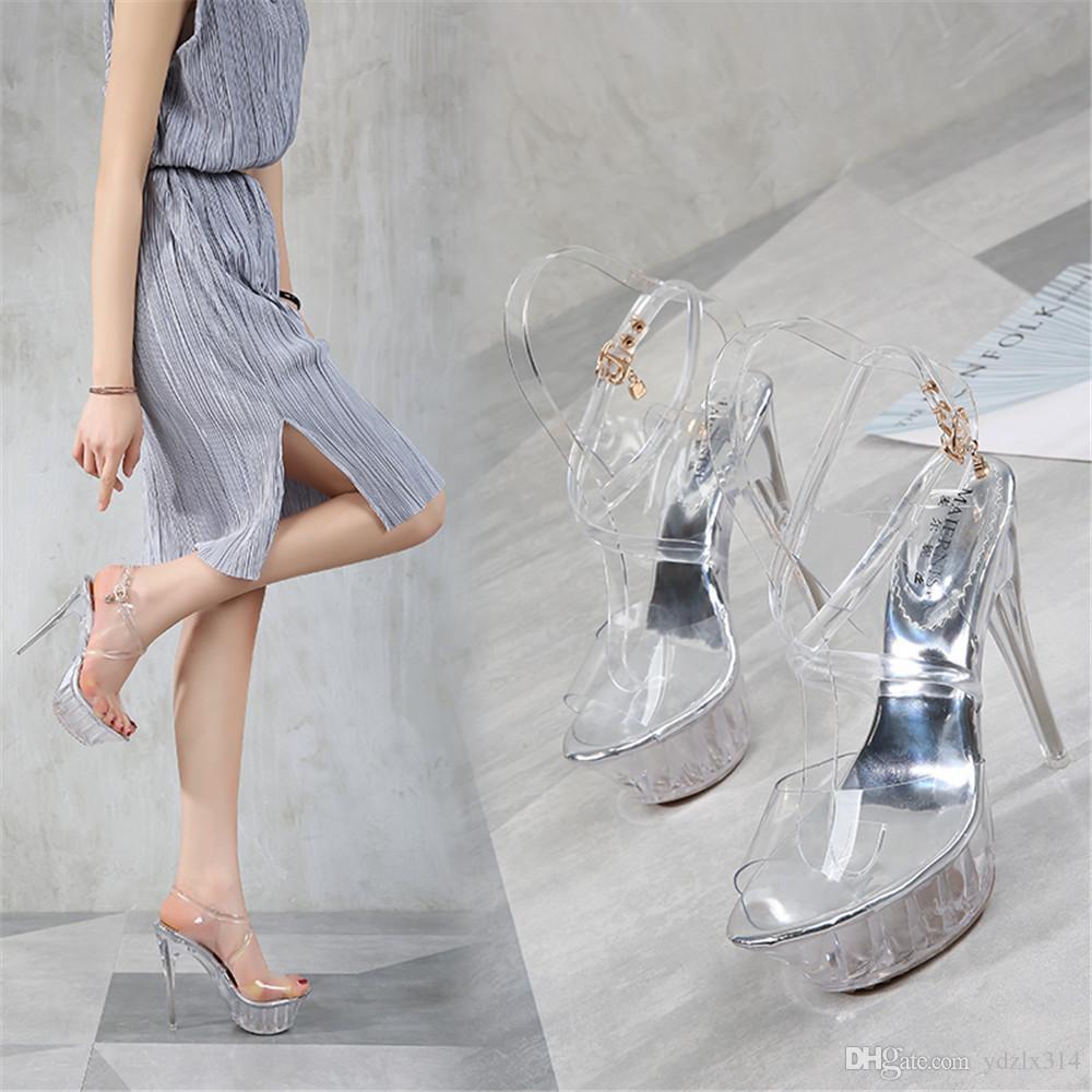 8a93c1c5d0ca0 Compre Zapatos Transparentes De Tacón Alto De Verano Mujer Sexy Plataforma  Sandalias De Cristal Cómodo Zapatos De Novia De Moda De La Boda Zapatos  Lindos De ...