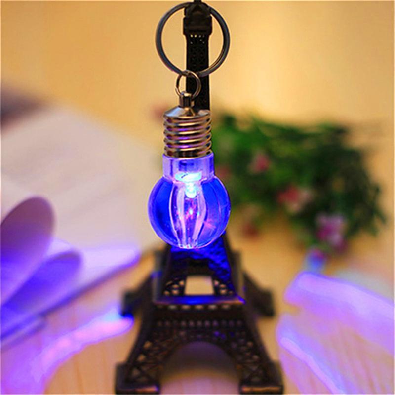 RGB LED Anillo con forma de bulbo Llavero Linterna Llavero Llavero Lámpara de cristal del coche Llavero Llavero