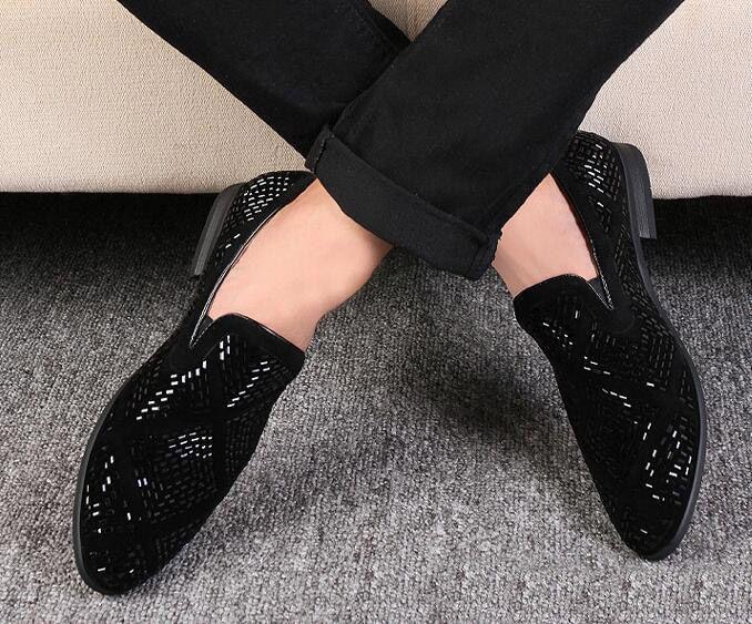 Neue Löwenzahn Spikes Flache Lederschuhe Strass Mode Herren Loafers Kleid Schuhe Slip On Casual Diamant Spitz Schuhe, size38-43