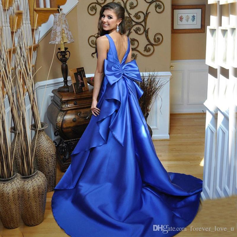 ac363fd96 Compre 2019 Vestidos De Baile Fabulosos Royal Blue V Back Oversize Bow  Ruffles Vestido Largo De Fiesta De Noche Formal Por Encargo De Alta Calidad  Tren De ...
