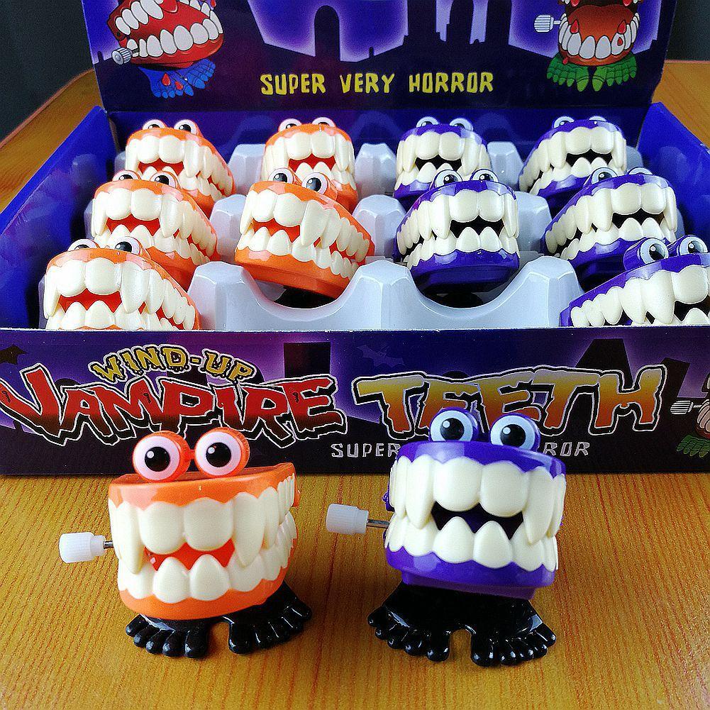 Großhandel Interessantes Uhrwerk Ketten Augen Springende Zähne