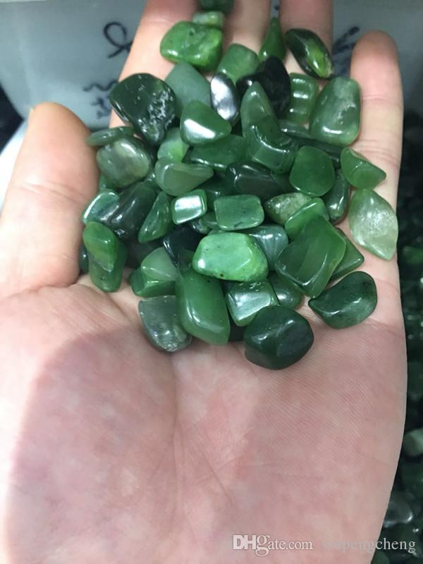 Natural crystal stone, irregular green jade granule, green jade irregular gravel particles, fish tank decoration, household decoration.