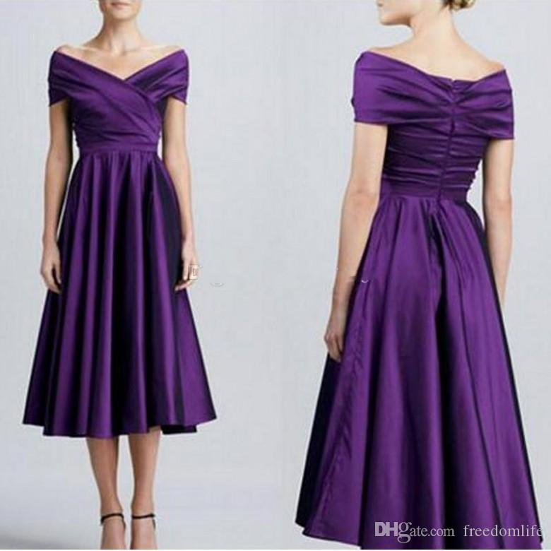 Elegant Dark Purple Bridesmaid Dresses Off Shoulder Simple Satin Short Bridesmaid Dresses Tea Length Aline Bridesmaid Gowns Party Dress