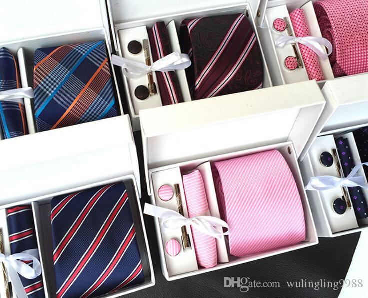 Mens Geniş Örgün Bağları Resmi Kravat Setleri Kol Düğmesi Mendil Klipler Özel Iş Gravata Yakası Makarna Bağları Düğün Boyun Kravatlar Set
