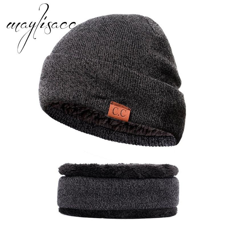 Compre Maylisacc Letra De Alta Calidad CC Hombres Invierno Cálido Sombrero  De Punto Con Anillo De Bufanda De Moda Para Hombres Mujeres Bufandas Con  Conjunto ... 2525527ed74