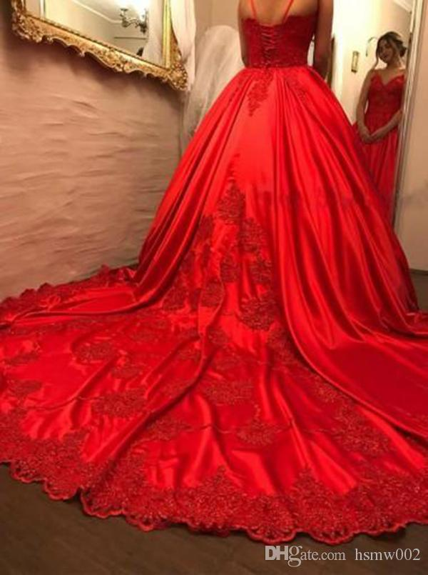 Luxurious Spaghetti Straps Red Ball Gown Wedding Dresses 2018 Lace Appliques Bridal Wedding Gowns Lace Up Back Custom Bridal Dress Plus Size