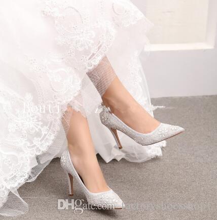 2018 Cristal Embelezado Projeto Da Flor Apontou Toe Rasa Bombas de Casamento Das Mulheres Damas De Honra Sapatos Casuais de Alta-salto agulha Stiletto Femmes