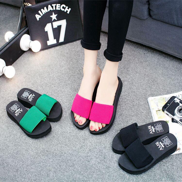 cd8c838c551 Wholesale Zomer Vrouw Schoenen Platform Designer Slippers Wig Strand  Slippers Hoge Hak Slippers Voor Vrouwen Merk Zwart EVA Dames Schoenen Green  Shoes Ankle ...