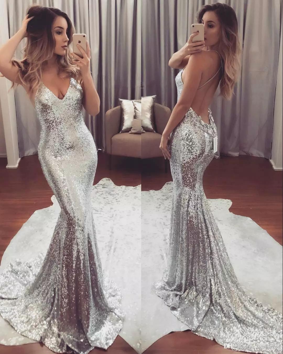 Bling con lentejuelas de plata vestidos de baile de la sirena 2018 Elegante con cuello en V correa de espagueti vestidos de noche sin respaldo atractivos vestidos de fiesta de vacaciones