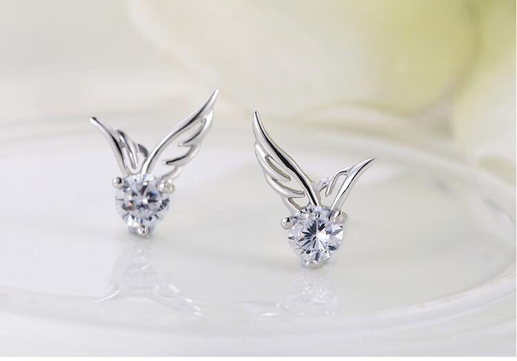 Cristal austriaco Rhinestone colgante de ángel plateado Stud pendientes moda clase mujeres niñas señora Swarovski Elements joyería