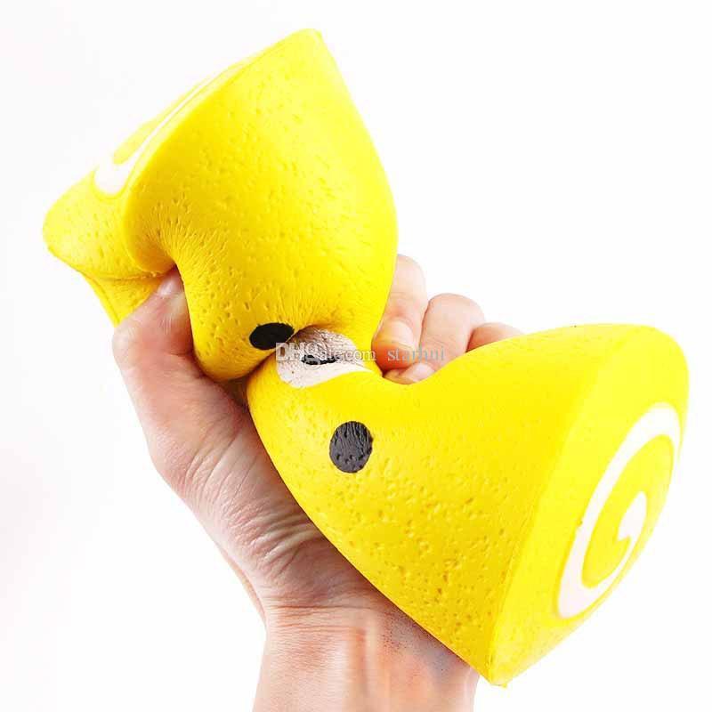 15CM Jumbo Kawaii Swiss Rolls Squishy charm Rilakkuma Squishy Slow Rising squeeze suave perfumadas correas de teléfono de juguete Artículos de la novedad WX9-370