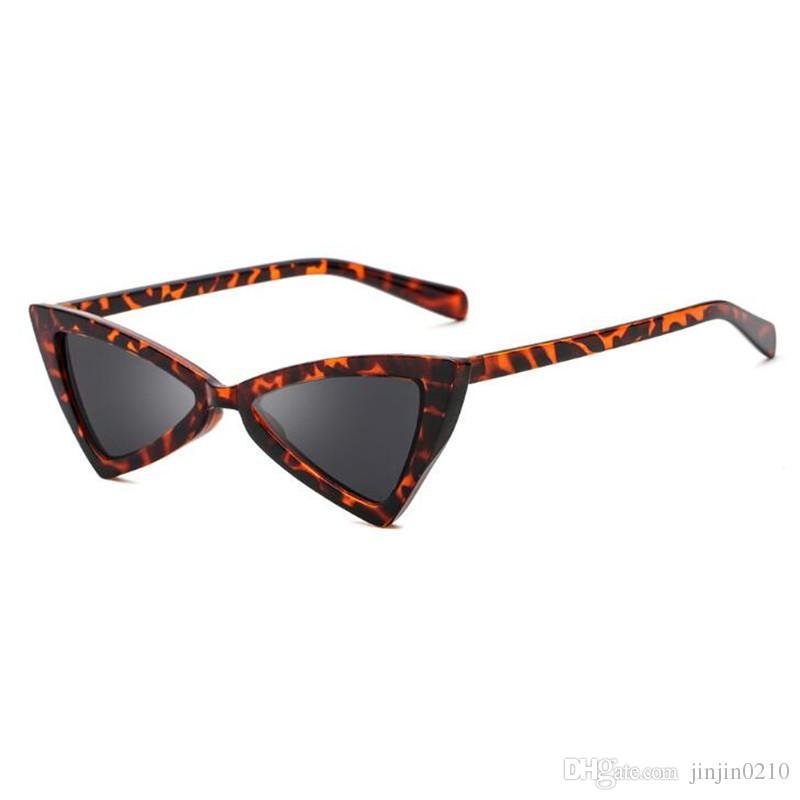 55b80705eeb09 Compre 2018 Moda Bonito Retro Cat Eye Sunglasses Mulheres Marca Designer  Cateye Óculos De Sol Para Senhoras Do Sexo Feminino Uv400 De Jinjin0210, ...