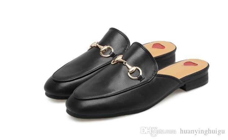 2018 été Marque Princetown Femmes Pantoufles Designer De Luxe Mode Véritable Mocassins En Cuir Chaussures Chaîne En Métal Dames Casual Mules Appartements Nouveau