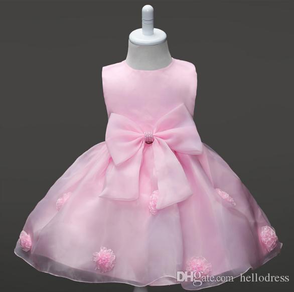 abaa331308c1c Chic Little Kids White Flower Girl Dress Sleeveless Round Neck Short Dress  for girls Formal Occasion with Belt Bow Handmade Flower