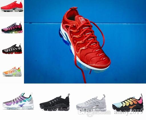 498091302fb1 2018 New Chaussures TN Plus Ultra Silver Traderjoes Running Shoes Colorways  Male Pack Sports Tns Mens Womens Trainers Air Designer Sneakers Tn Tns Tn  Shoes ...