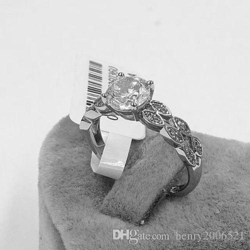 Valentine's Day Anniversary 18K white gold 4 ct wedding ceremony ring size 7.5