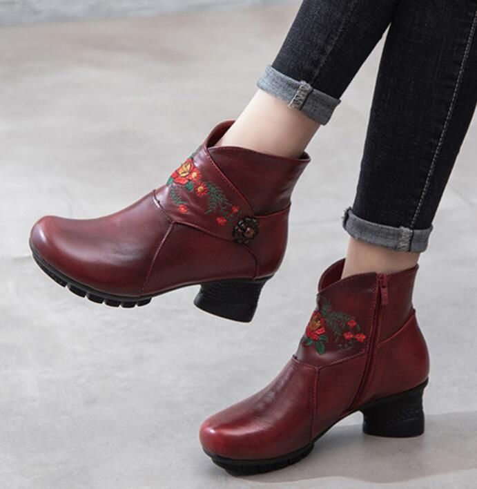 194036a0503a Womens Boots Fashion Women Winter Shoes Woman Vintage Ankle Boots Warm Soft  Leather Non Slip Ski Boots Boots No 7 From Youyoufashion