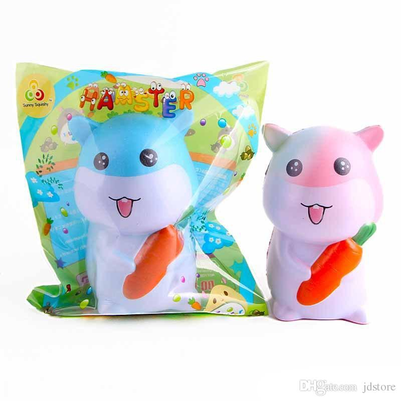 2018 animaux spongieux 4,7 pouces hamster avec des carottes squeeze décompression Kawaii Cartoon Cute Jumbo jouets