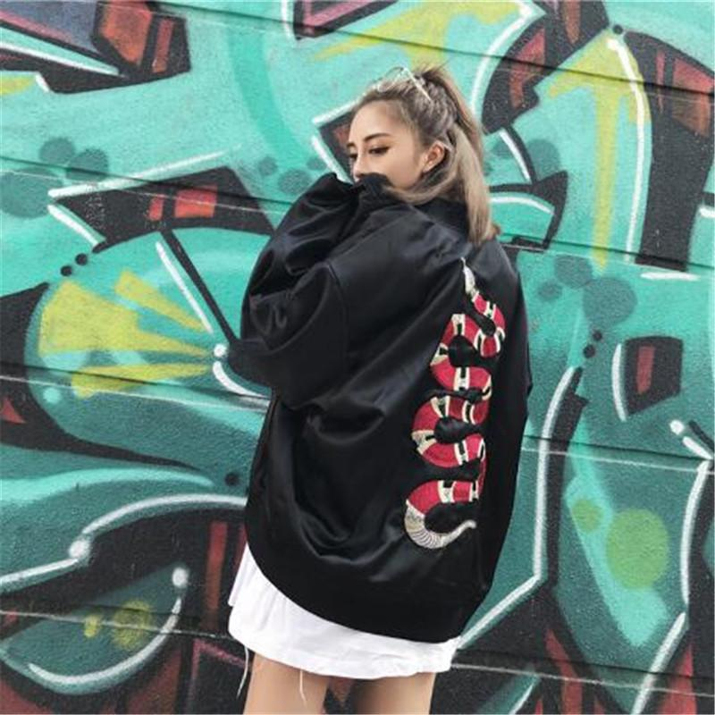 Mens Coats and Jackets Embroidery Snake Ma1 Bomber Jacket Thin Women Men Hip Hop Fashion Streetwear Us Size Xs-XL