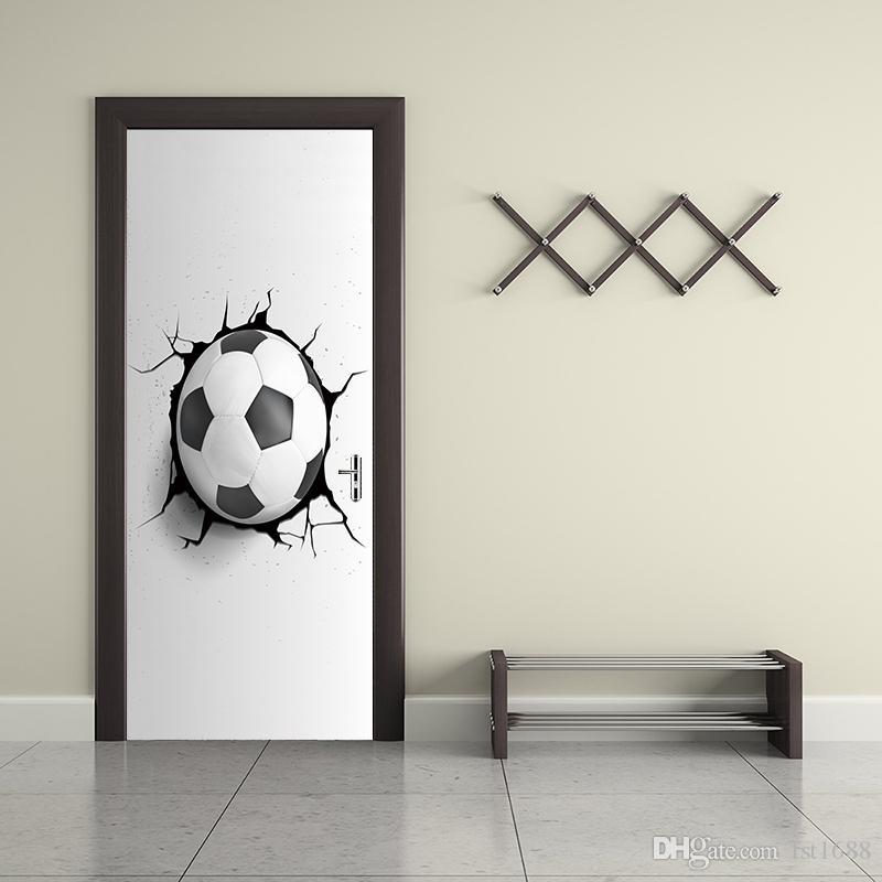 Criativo 3D Futebol Futebol Quebrado Parede Buraco Porta Adesivo Papel De  Parede Casa Decorativa Crianças Quarto Mural Da Parede Da Arte Sala de  Esportes ... 6a5435cae3146