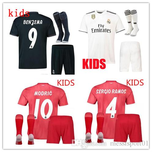 1bc4ba8ba75 2019 2018 19 Real Madrid Soccer Jersey KIDS Kits With Socks 18 19 Football  Shirt Asensio SERGIO MODRIC RAMOS MARCELO BALE ISCO Child Soccer Sets From  ...