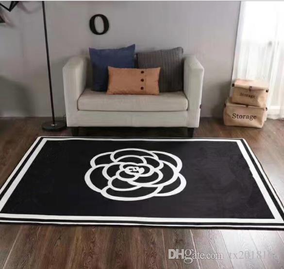 2018 moda in stile europeo brand new soggiorno tappeti 150 x 200 cm antiscivolo nero bianco flanella arredamento la casa tappeto regalo VIP