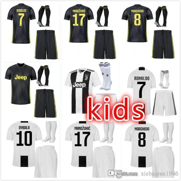 a8c58c6c911 18 19 New Juventus kids Soccer Jersey 1819 Juventus RONALDO MANDZUKIC  HIGUAIN MARCHISIO PJANIC CHIELLINI D.COSTA DYBALA kids Football shirt