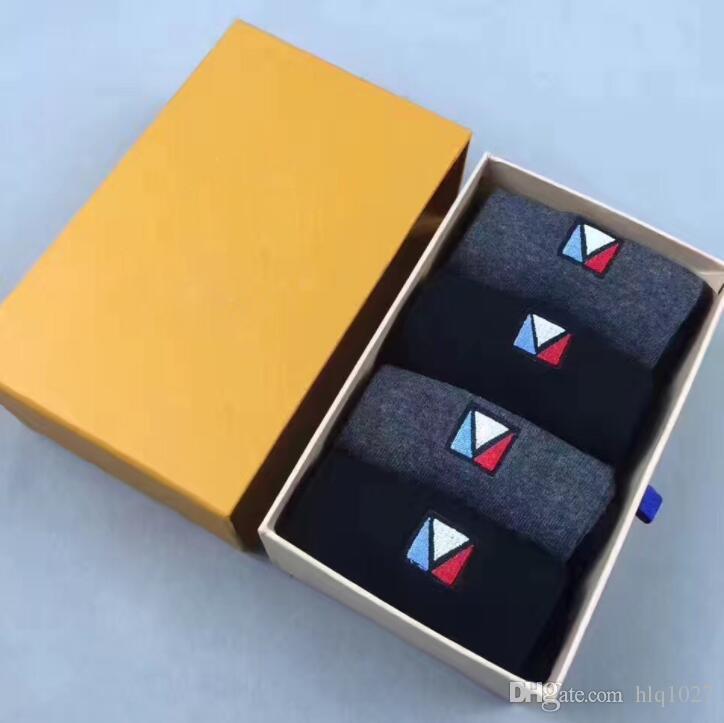 11362ab3ecf Letter Tide Brand Sport Socks Cotton Gift Box Skateboard Sport Socks ...
