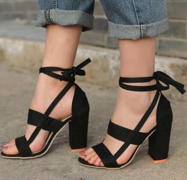 738ec52396 Compre Zapatos Mujer Moda Verano Sandalias De Correa De Tobillo Fornido  Tacones Altos Mujer Bombas Gladiador Zapatos Mujer Encaje N170001 A $20.87  Del ...
