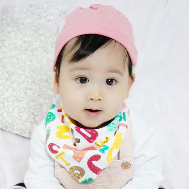 Yeni Karikatür Bebek Önlükler Üçgen Geğirmek Pamuk Burp Tükürük Havlu Bebek Yürüyor Bandana Eşarp Çift Katmanlar Çocuklar Hemşirelik Önlükler