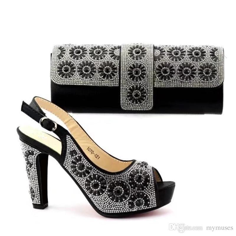 3bb3e693e Compre Novos Sapatos E Bolsas Italianas De Cor Preta Para Combinar Sapatos  Com Conjunto De Bolsas Decorado Com Strass Combinando Sapato Italiano E  Conjunto ...