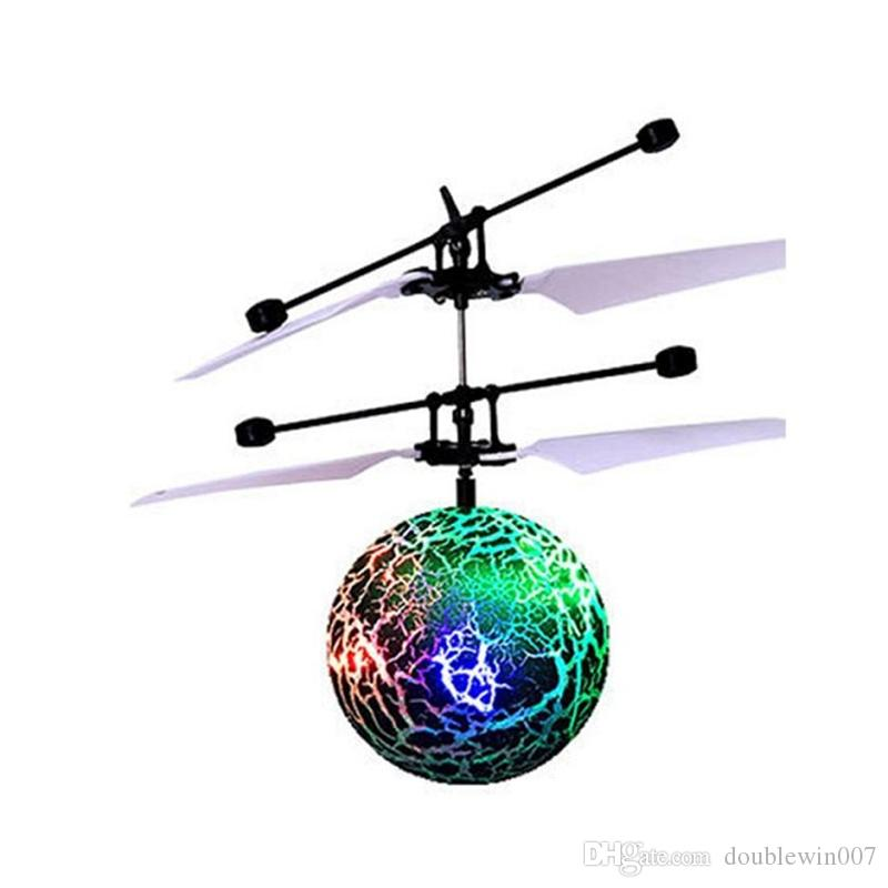 RC Flying Ball Drone Helicopter Ball Built-in Shinning LED Lighting for Kids Teenagers Colorful Santa Flyings great quality