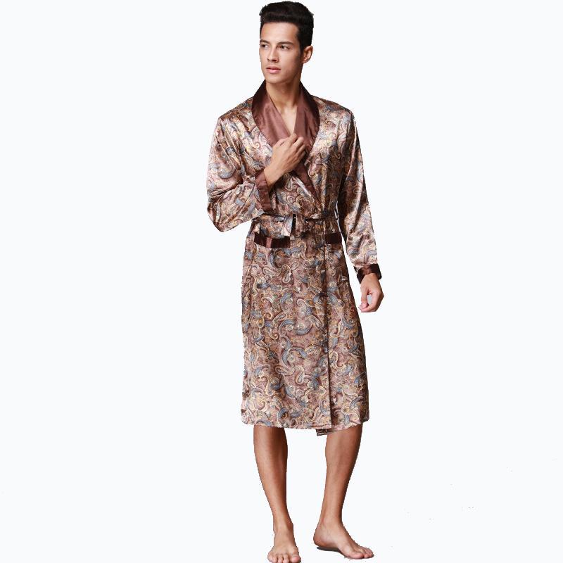 f0405e8a9 Compre Cetim De Seda Roupão De Banho Dos Homens Robe Manga Longa De Seda  Pijama Homens Camisola Sleepwear Kimono Casa Roupão De Roberr