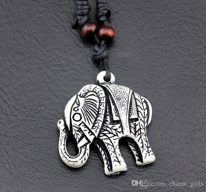 ¡Viento punk! Hombres de moda Elephant Pendant Necklace Bone Carved Wooden Bead Necklace Puede ajustar el tamaño de la cuerda Necklace