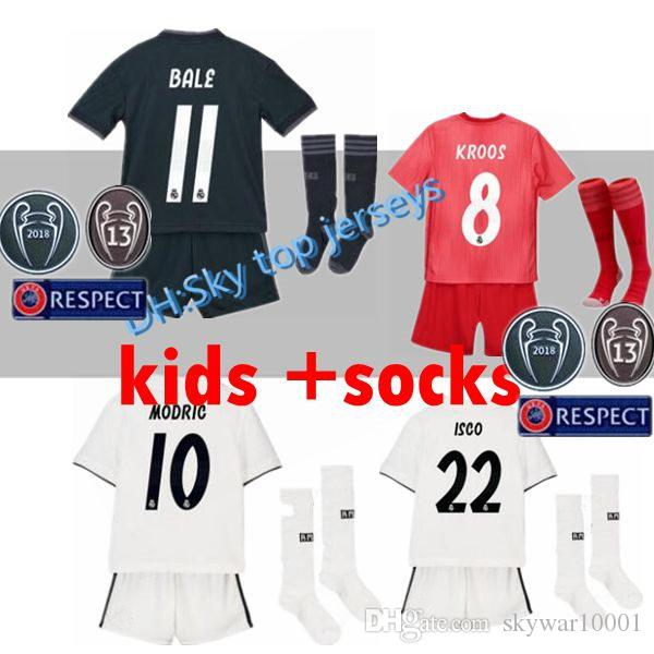 76058c9d7c8 2019 Champions League 2018 2019 Real Madrid Kids Soccer Jerseys 18 19  SERGIO RAMOS JAMES BALE RAMOS ISCO MODRIC Benzema Boy Chili Football Shirts  From ...