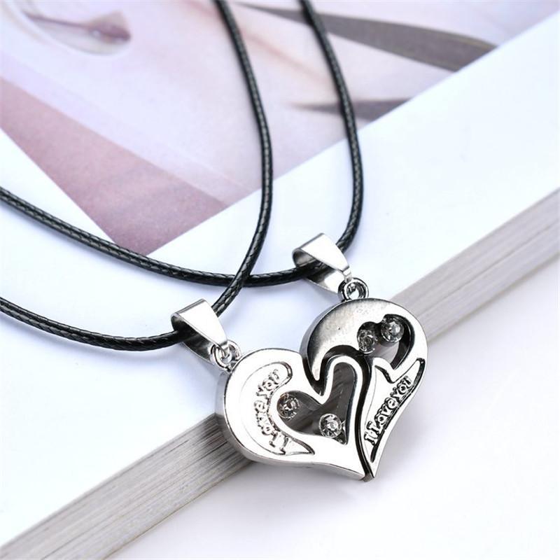 68b7ac6c22 Compre 2 Unids / Lote Para Hombre Para Mujer Collar De La Pareja Colgante  Amor Del Corazón Del Rompecabezas Que Empareja Dos Mitades Del Corazón Para  Los ...